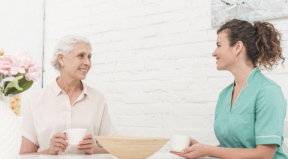 La-juste-distance-dans-la-relation-d'aide-à-domicile